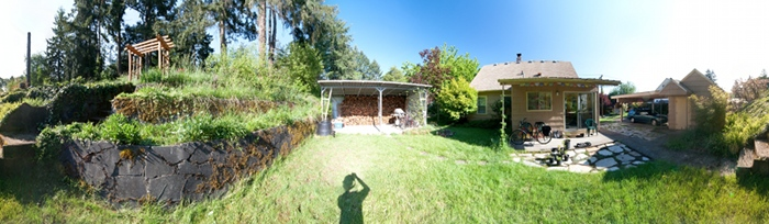 360 degrees panorama of a backyard on Country Club Drive in Corvallis, OR, USA